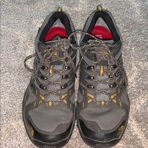 Northface men's hiking shoes 8.5
